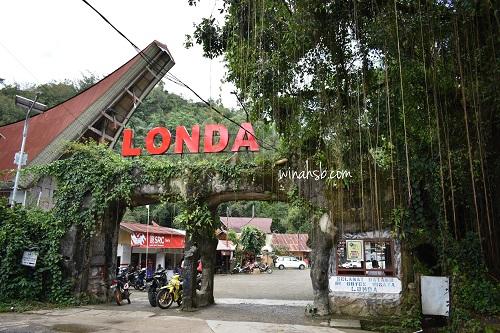 Kuburan goa Londa Toraja