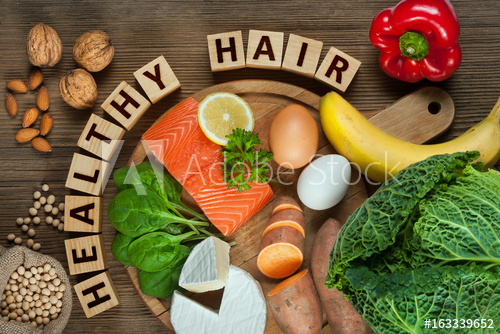 20 نصيحة للتعامل بوعي مع تساقط وضعف الشعر