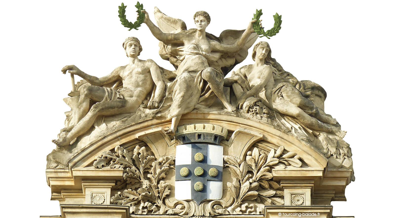 Marie de Tourcoing - Sculpture du Fronton