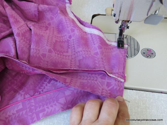 coser hombro  vestido sin mangas