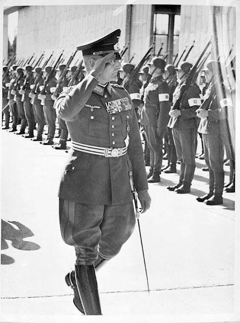 Franz Halder inspects the Finnish White Guard worldwartwo.filminspector.com