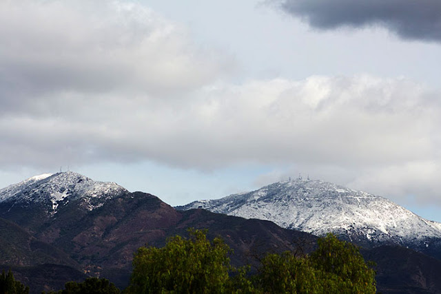 Seldom snow capped Saddleback Mountains, DSLR , 120 mm, Orange County view (Source: Palmia Observatory)