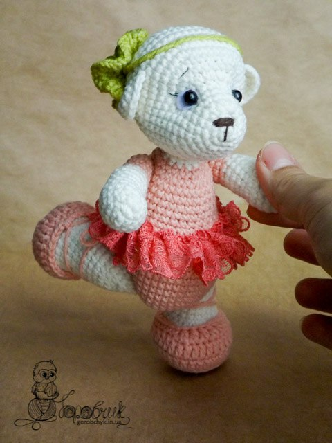 Free Pattern Mini Ballerina Animal Crochet Dolls ... | 640x480