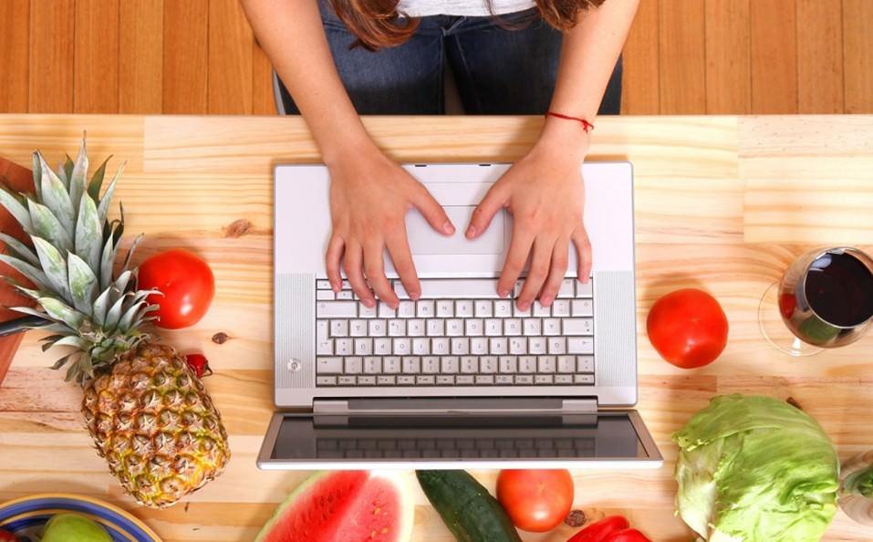 Peluang Bisnis Makanan Online