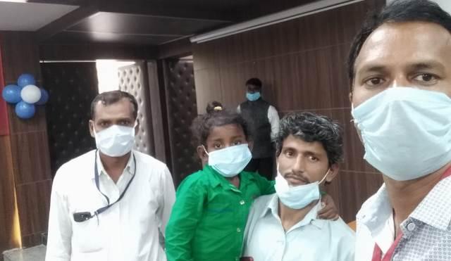 अविनाश का दिल फ़िर धड़केगा,  ईलाज करा लौटे हैं अपने घर
