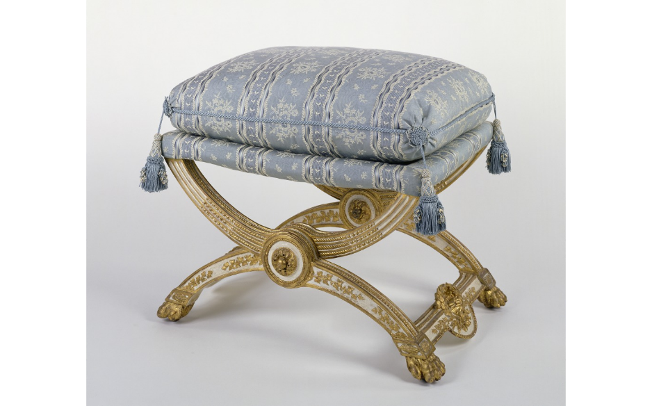 Phenomenal Reading Treasure Museum Sunday Folding Stool For Marie Uwap Interior Chair Design Uwaporg