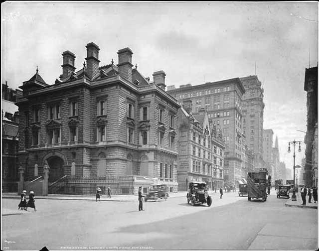 Fifth Avenue at 57th Street, NYC, ca. 1900, randommusings.filminspector.com