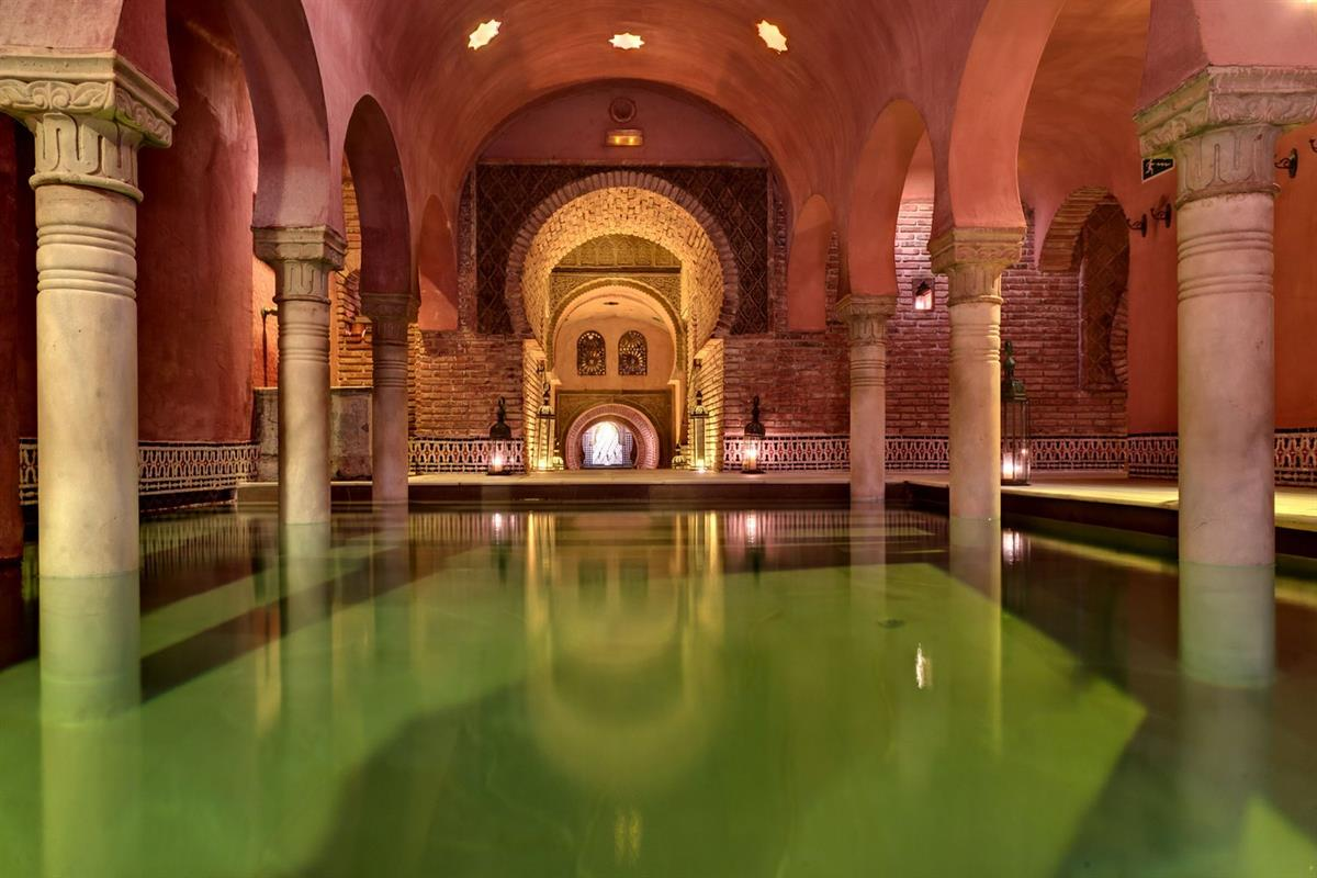Арабские бани Банос-Арабес в Ронда