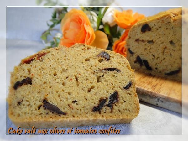 Cake salé aux olives et tomates confites, sans gluten et sans lactose