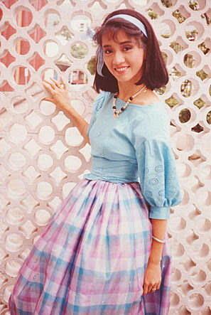 come back to love: 梅艷芳 蔣麗萍 景黛音 - 香江花月夜 (1984/85)