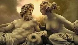 Αν και ο Θεός Έρως στην αρχαιότητα ήταν υπεύθυνος για τα πάθη πολλών θνητών και μη, τελικά και ο ίδιος δεν γλίτωσε από τα βέλη του. Ερωτεύτ...