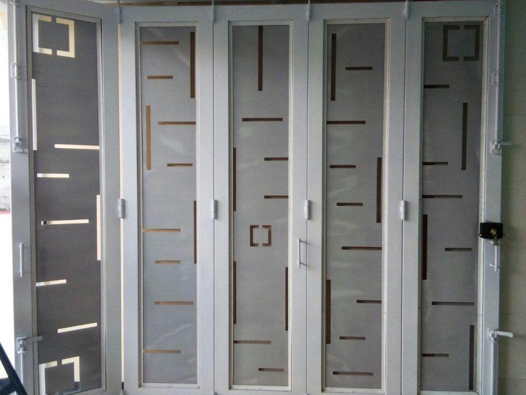 spesialis pintu lipat besi Karawang