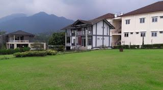 villa abah istana bunga lembang
