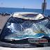 Πάργα: Αθλητής «παρά πέντε» προσγειώθηκε σε παρμπρίζ σταθμευμένου αυτοκινήτου[video]