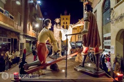 https://interbenavente.es/not/21156/la-procesion-de-la-santa-vera-cruz-ldquo-disciplina-y-penitencia-rdquo-en-las-calles-de-benavente/