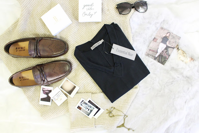 essential noir review, essential noir clothing, essential noir tops, essential noir brand, essential noir reviews, essential noir blog review, essential noir collection, british clothing review blog