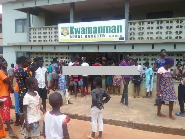 One killed in bank robbery at Kwamanman Bank