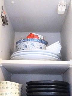 食器棚の整理 ~少ない食器で暮らす~