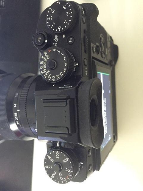 Камера Fujifilm X-T2 вид сверху