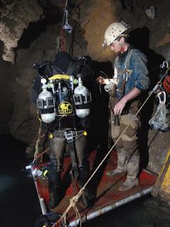 Спелеологи нашли самую глубокую пещеру в мире | Самая глубокая пещера