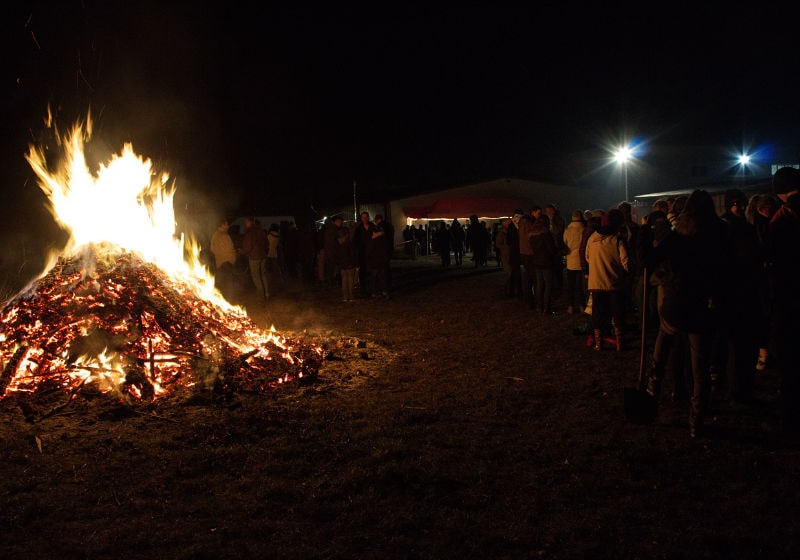 Feuer zur Wintersonnenwende im Holzkontor Bischleben