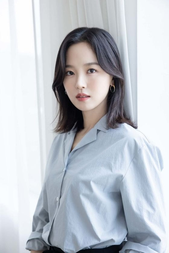 """Actress Kang Hanna reportedly will play the main character of KBS 2TV's new drama """"Red Single Heart."""""""