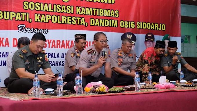 Cangkrukan Jelang Pilkades, Kapolresta Sidoarjo Tekankan Kerukunan dan Persaudaraan