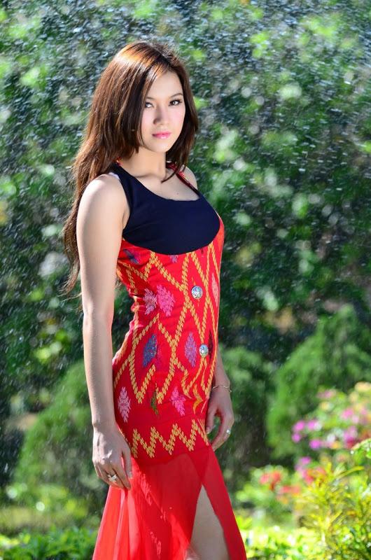 Thazin Sexy Photos