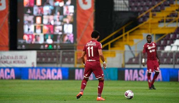 En Costa Rica volvieron a suspender el fútbol por un brote de Covid-19