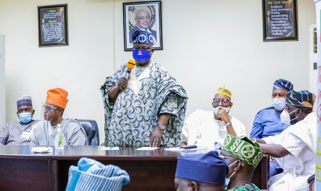 We must merge and work together for Ascension of rulling Party (APC)