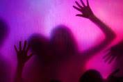 Polisi Gerebek Pesta Seks dan Narkoba, 16 Perempuan Seksi dari 4 Negara Ditangkap
