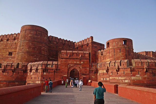 14 Insanely Photogenic Historical Places in North India, agra fort