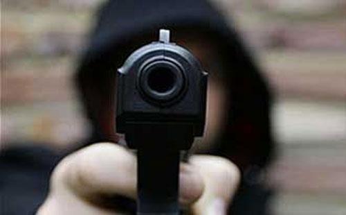 القبض على رقيب شرطة أطلق النيران على مواطن في ميت غمر