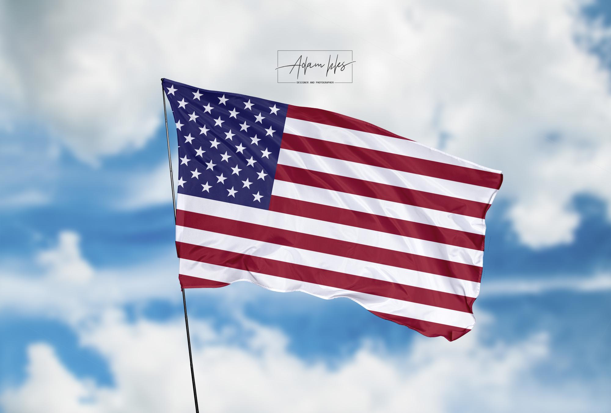 تحميل اجمل خلفية علم امريكا يرفرف في السماء - اجمل خلفيات امريكا الرائعة