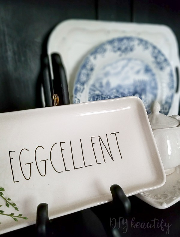 Rae Dunn EGGCELLENT tray giveaway