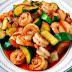 Receita: Camarões fritos gourmet, com abobrinha