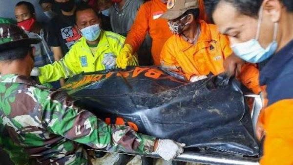 Dua Warga Tersetrum Listrik dan Tewas saat Banjir di Semarang