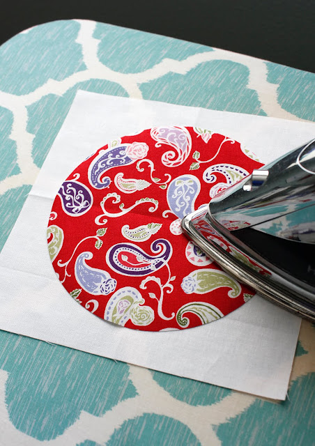 Easy applique circle quilt block!