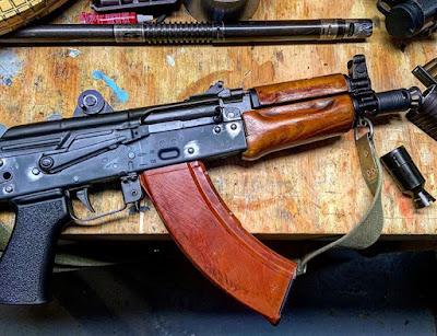 Longrangeholepunching-AKS74u