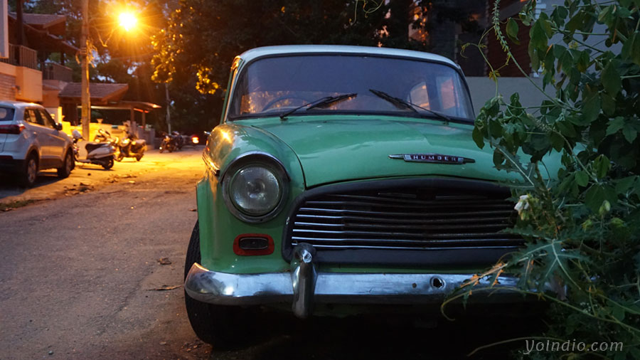Humber Hawk Front Profile