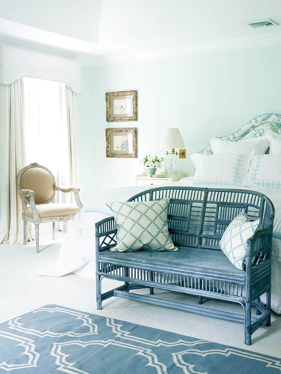 Modern Furniture 2012 Bedrooms Decorating Design Ideas