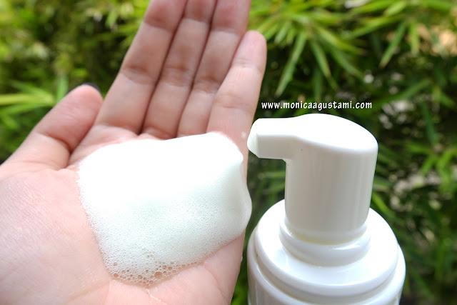 Review Himalaya Neem Foaming Face Wash