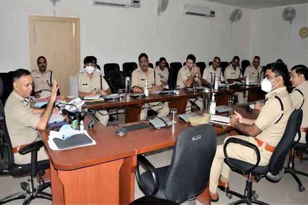 faridabad-cp-op-singh-told-some-tips-to-end-crime-in-city