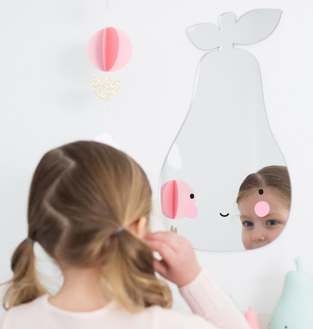 http://www.mamanfaitsescourses.com/miroirs-302-1.html