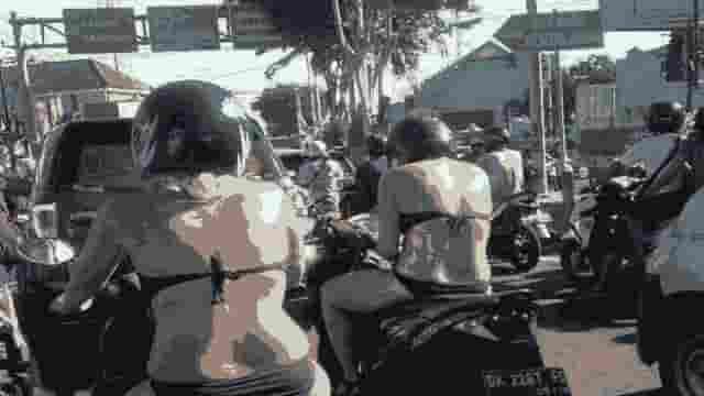 Lebay Mempornografikan Bikini Dinar Candy Sebagai Delik