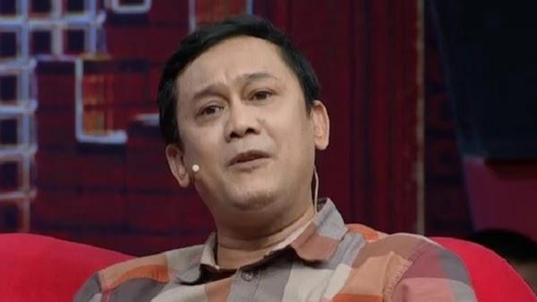 Denny Siregar Bandingkan Enaknya Jadi Pro Jokowi daripada Prabowo