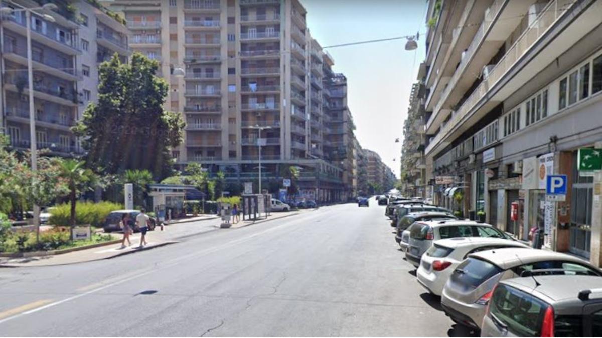 furto spaccata TIM Giacomo Leopardi Polizia