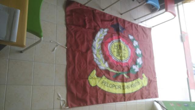 Bendera Pelopor dan Kritis
