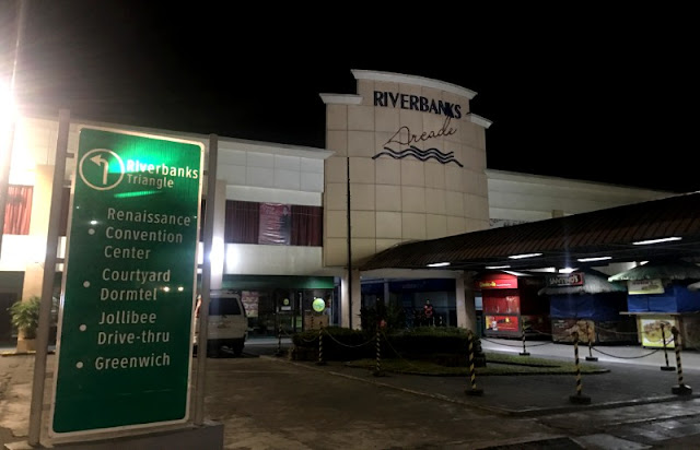 Riverbanks Mall is home to World's Largest Pair of Shoes or once was as certified by Guinness Book of World Records. The mall is situated inside Riverbanks Center in Marikina City