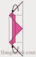 Bước 6: Gấp hai cạnh tờ giầy về phía mặt đằng sau tờ giấy.